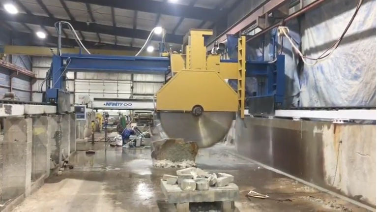 PlymouthQuarriesNewStoneCuttingSaw